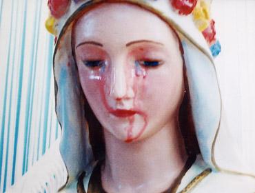 Maria plange