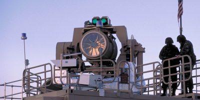 Tactical High-Energy Laser sau THEL - Sistem militar american de proiectare cu laser a unor repere false. Sursa Wikipedia.