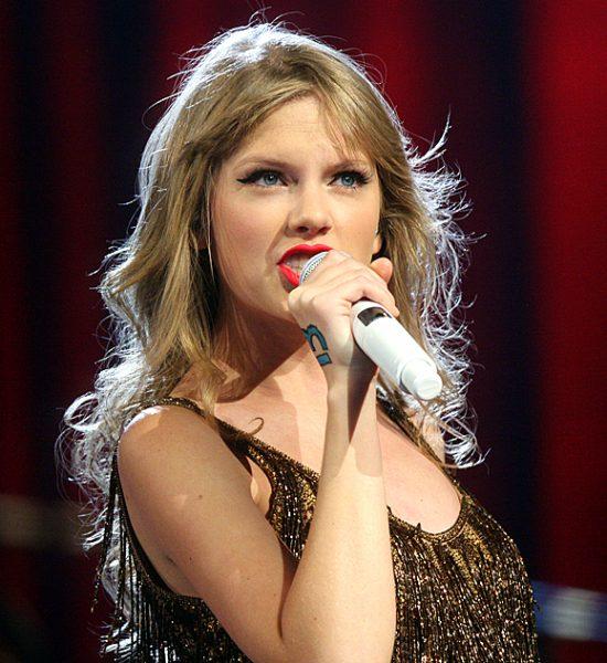 cc Taylor Swift