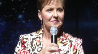 Joyce_meyer_at_hillsong_conference_kiev_2007_Oct04