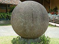 Sfere din piatră perfecte şi în China
